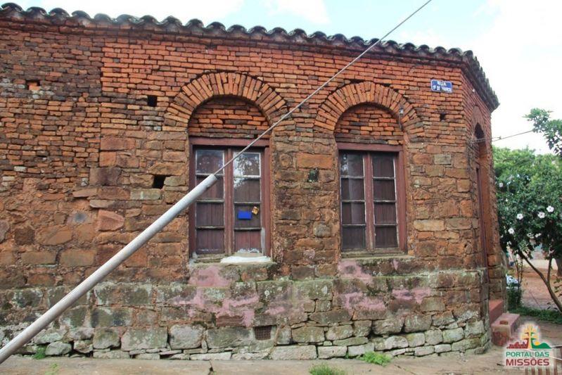 Casa de pedra de s o luiz gonzaga sites portal das miss es for Creador de casas