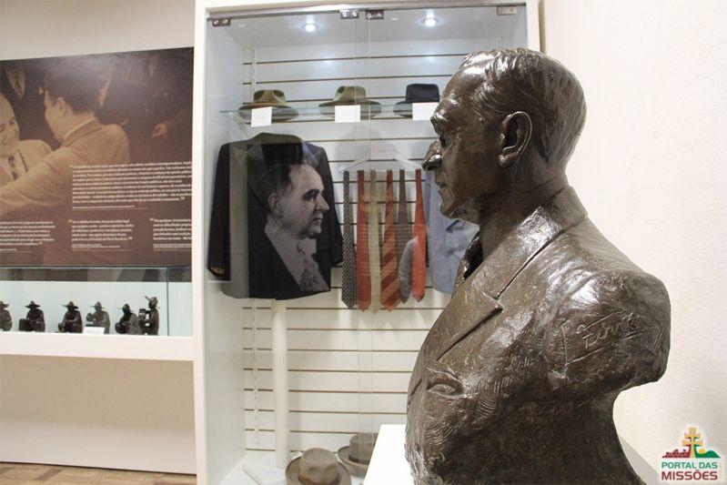 Getúlio Vargas Inspirou Indiana Jones - Sites - Portal das Missões ec18dce23ce