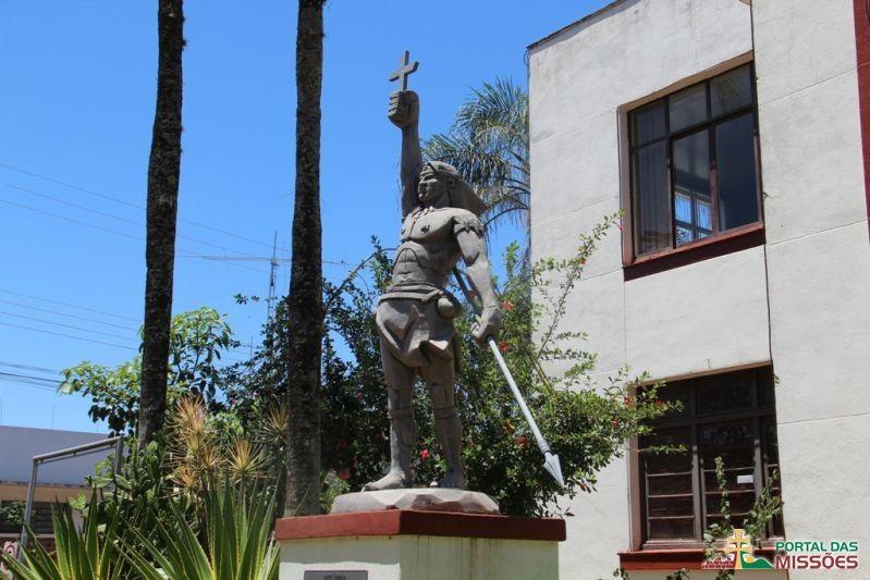 Monumento Sepé Tiaraju - Sites - Portal das Missões
